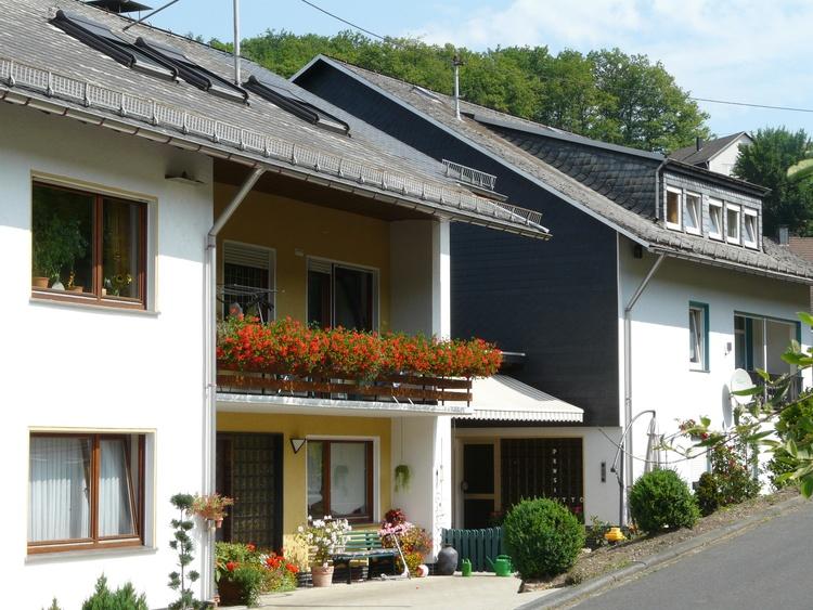 pension netphen nordrhein westfalen pension otto pensionen bernachtung unterkunft. Black Bedroom Furniture Sets. Home Design Ideas