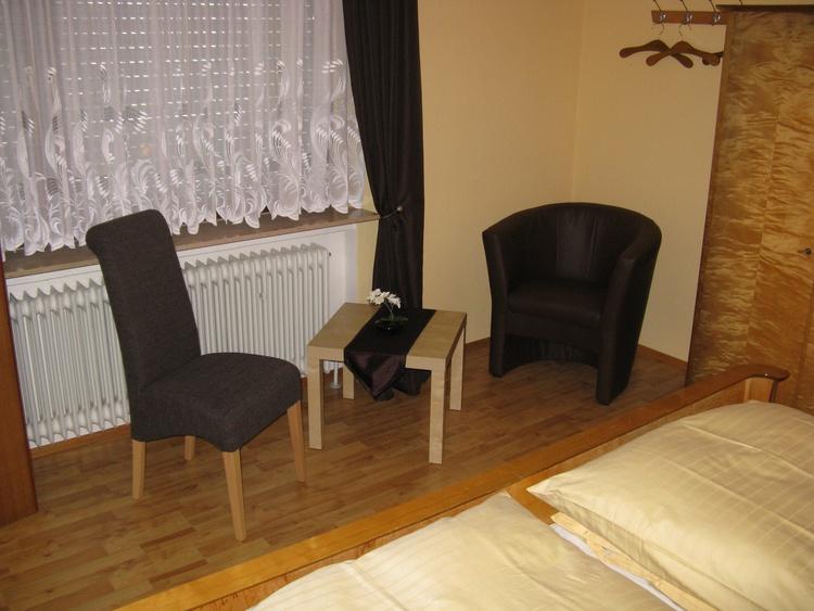 unterkunft oberotterbach rheinland pfalz ferienhaus nehrer pensionen bernachtung unterkunft. Black Bedroom Furniture Sets. Home Design Ideas
