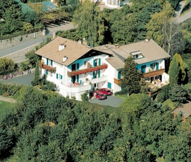 accommodation Dorf Tirol