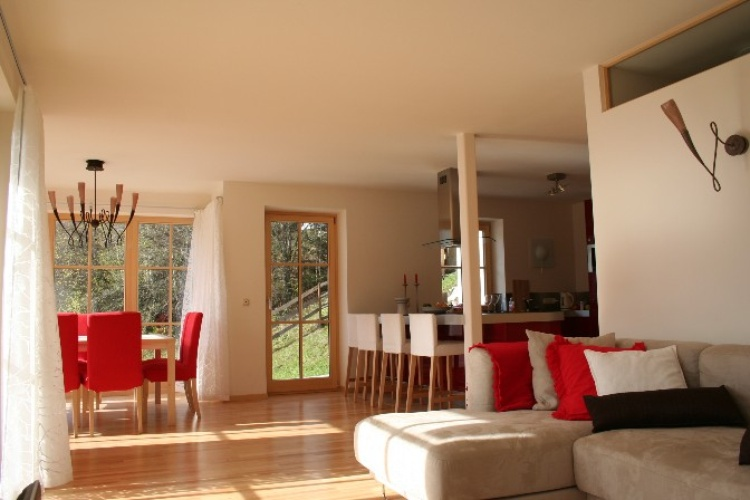 Livingroom - View on kitchen en dining area