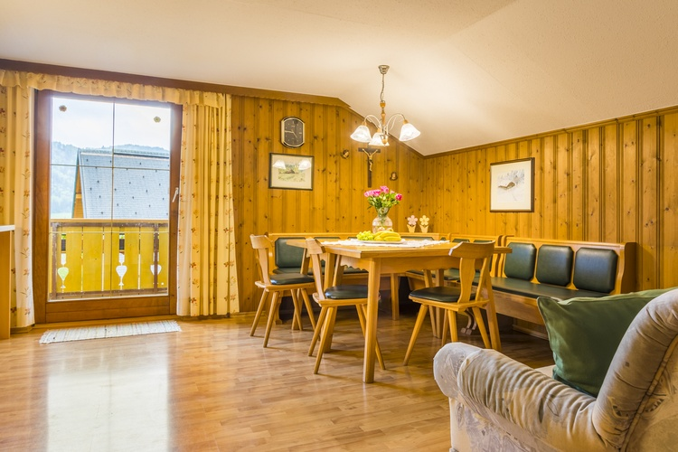 Apartment 1 sitting area