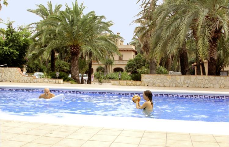 Die Villa und der Pool