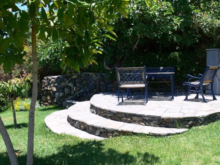 Garten Sitzplatz auf der Wiese