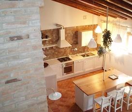apartment Due Carrare