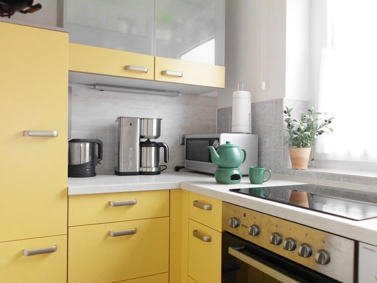 moderne Einbauküche dieser Wohnung