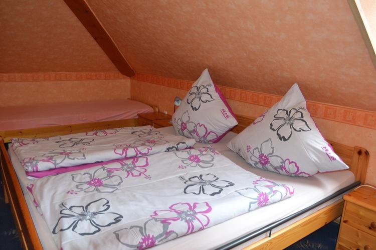 Schlafraum mit 4 Betten 50 m²