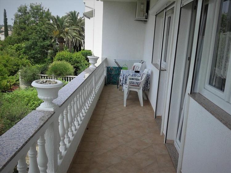 large balkon