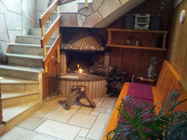 Open fireplace on the first floor