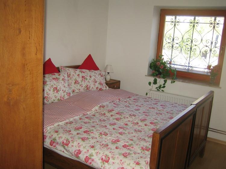 Apartment bedroom pr'Skminc