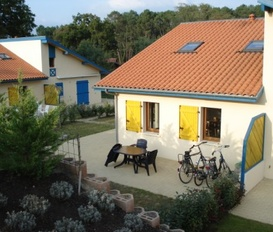 accommodation Saint Julien en Born