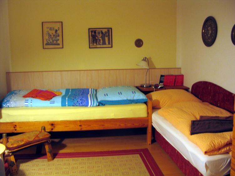 EG-Zweibettzimmer
