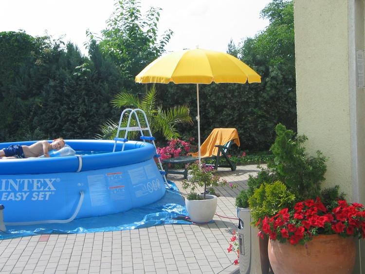 Seasonable pool not heatet