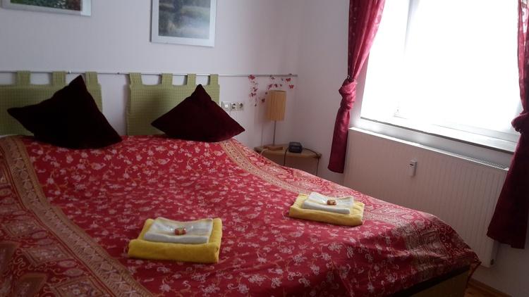 Schlafzi. mit Doppelbett 2x2 mtr.