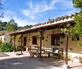 Gasthaus Moya