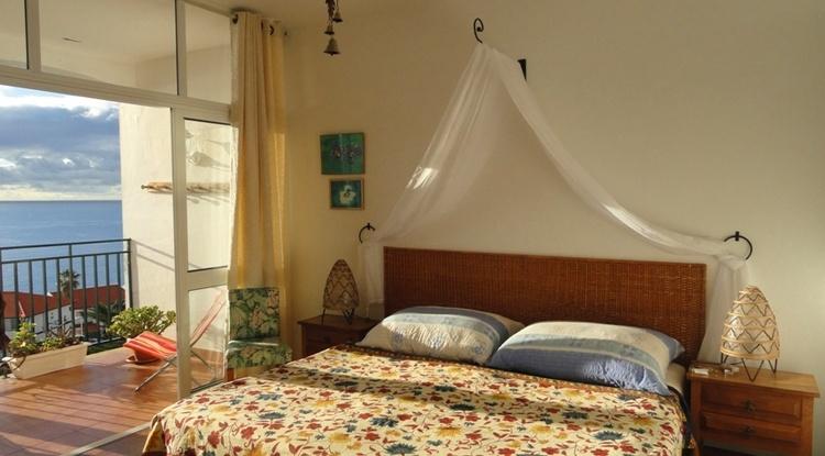 Sleepingroom wit seaview