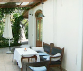 apartment Molivos
