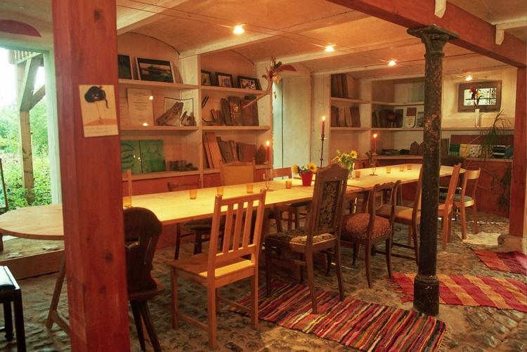 """Der große Tisch im """"alten Stall"""""""