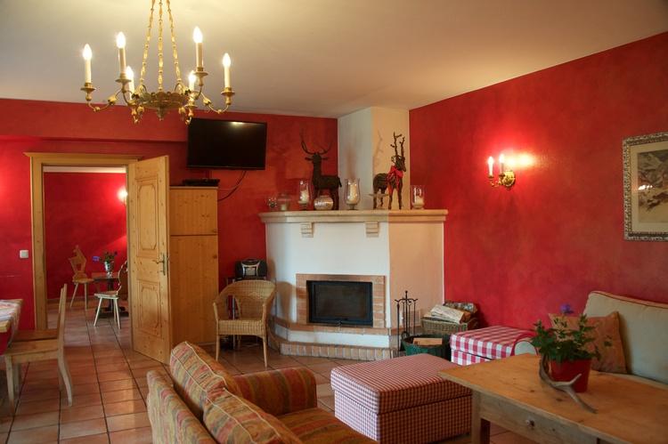 Wohnzimmer mit Kamin Top 1