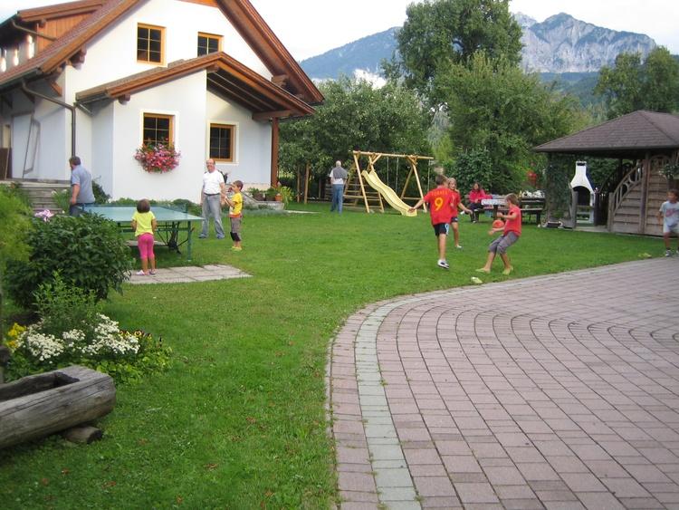 Familienfreundliches Ferienhaus - Österreich Kärnten Pressegger See  www.ferienwohnung-plozner.at