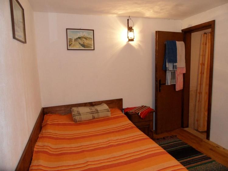Second Floor - Single bed room