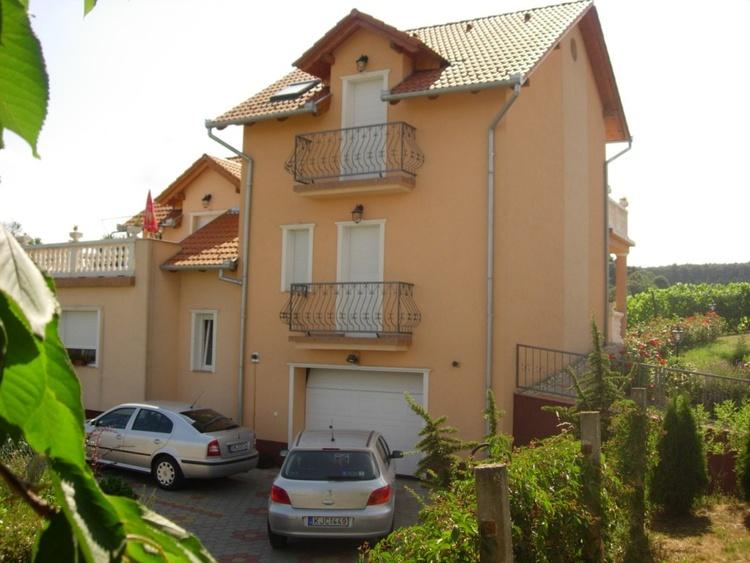 Atali house